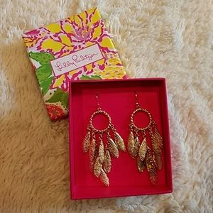 Lilly Pulitzer Gold Shell Chandelier Earrings